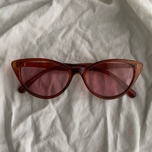 rose-colored cat eye sunnies
